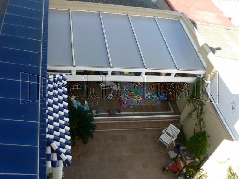 Cerramientos de patios adraglass for Cerramientos para patios internos