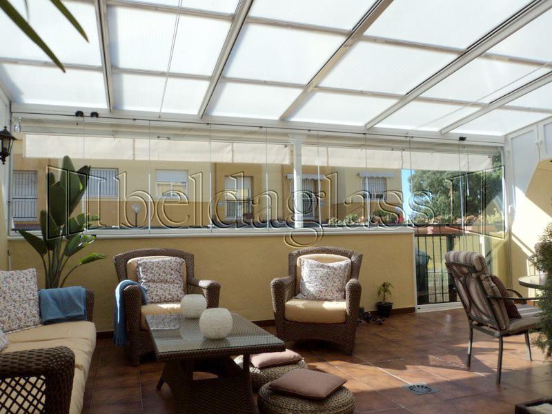 Techos moviles de policarbonato adraglass for Lo ultimo en techos para casas