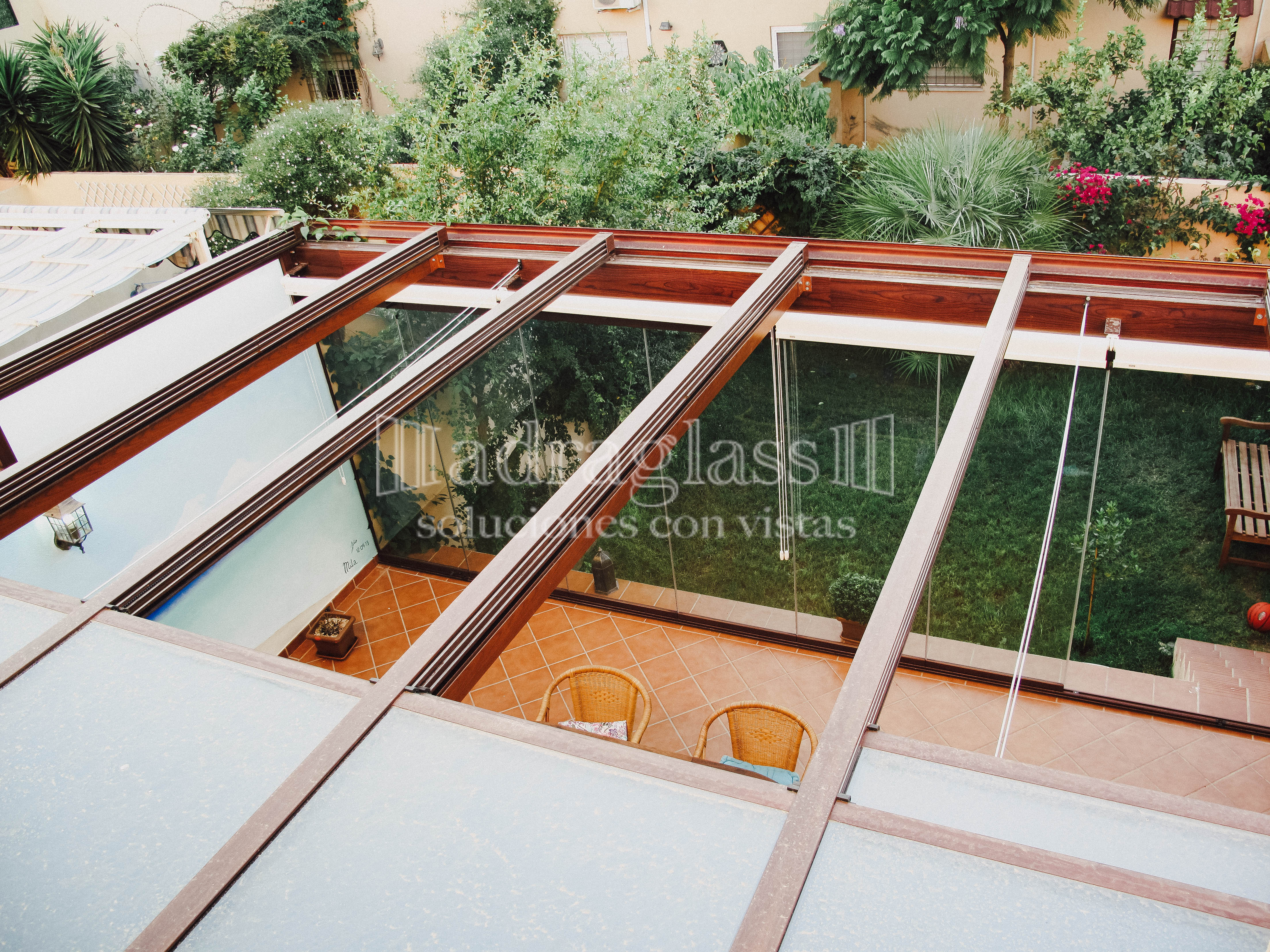 techo movil de cristal
