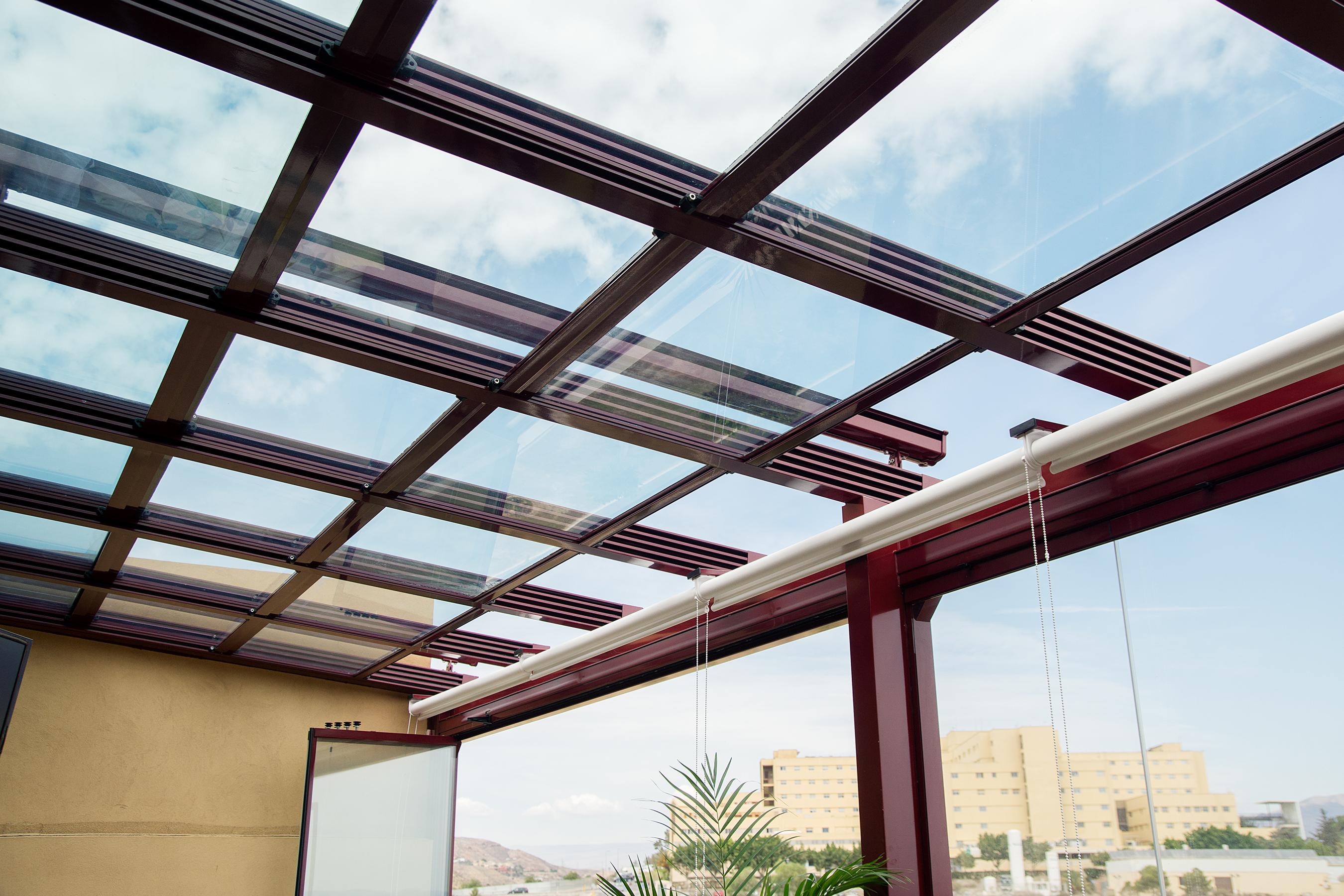 Techos moviles de cristal adraglass soluciones con vistas - Techos de cristal para terrazas ...