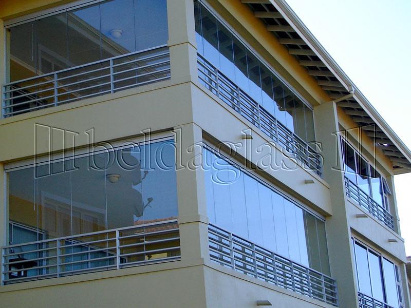 Cerramientos de terrazas adraglass for Cerramiento terraza cristal precio