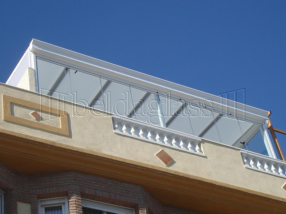 Techos fijos de policarbonato adraglass soluciones con for Techos de policarbonato para balcones